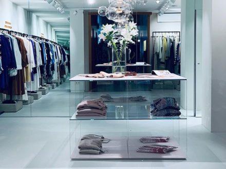 SAGMEISTER WOMEN DORNBIRN … #sagmeister #sagmeisterwoman #sagmeister_women #luxury #luxuryhouse…