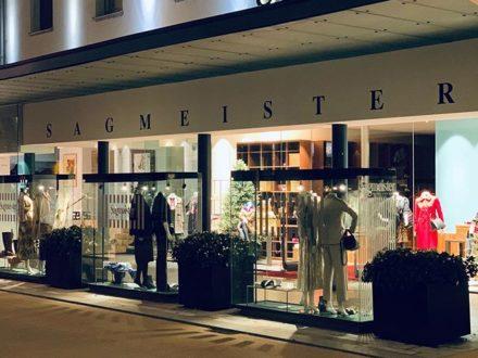 OUTSIDE SIGHT… @sagmeister_women #fashion #style #styleinspiration #vorarlberg #bregenz #lech #…